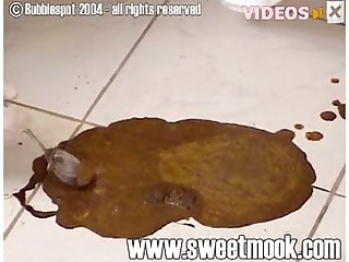 Sweet Mook Eating Dog Shit 002